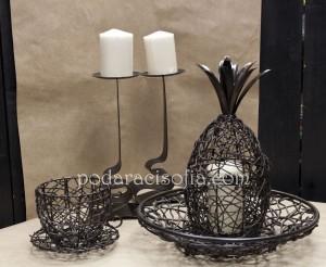 Дървени аксесоари - ананас-кутия, чаша-свещник и фруктиера от магазин за подараци Gifts