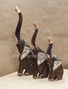 Дървени слонове за подарък за нов дом