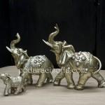 Три слонове с вирнати хоботи, които ще ви донесат късмет