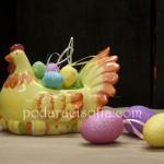 Порцеланова кокошка за великденски яйца