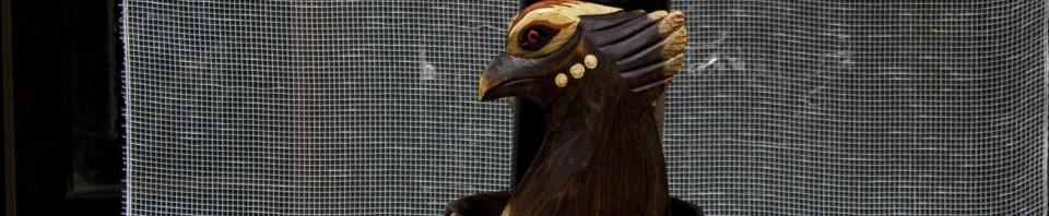 Дървена стойка за вино с птица от Gifts