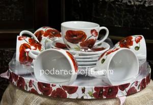 Севриз за чай или за кафе с макове от порцелан