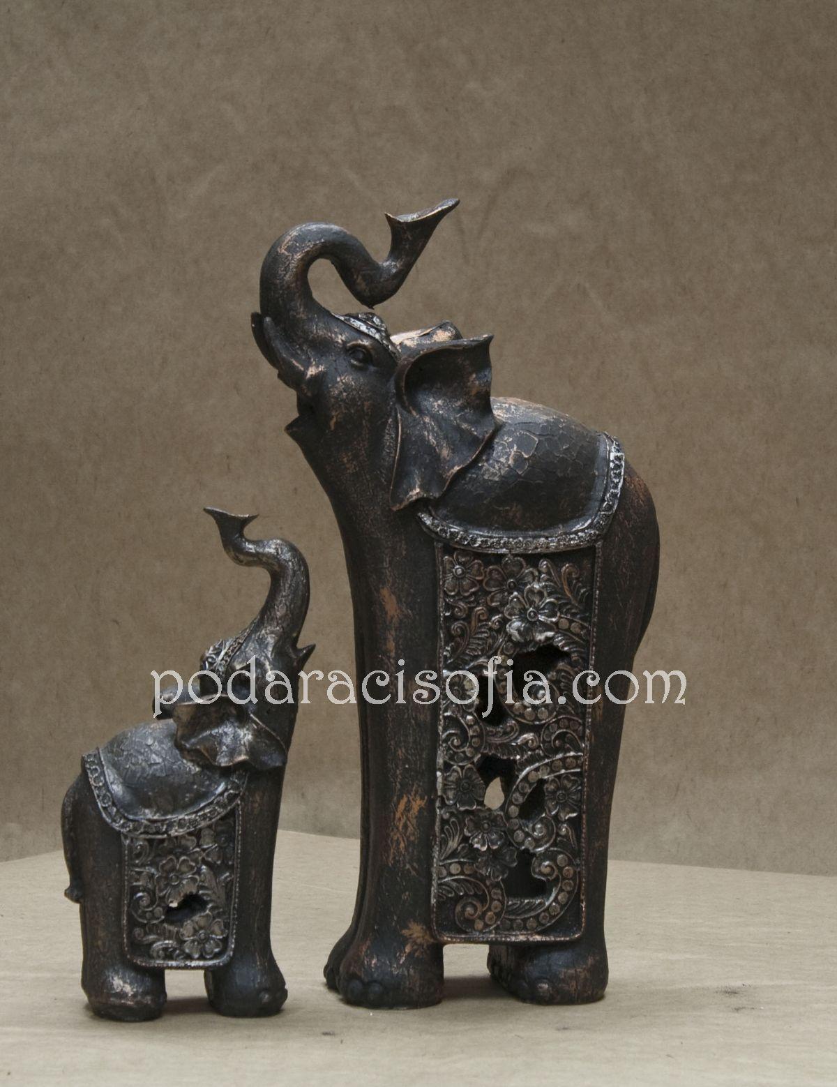 Красиви, елегантни слонове подходящи за подарък