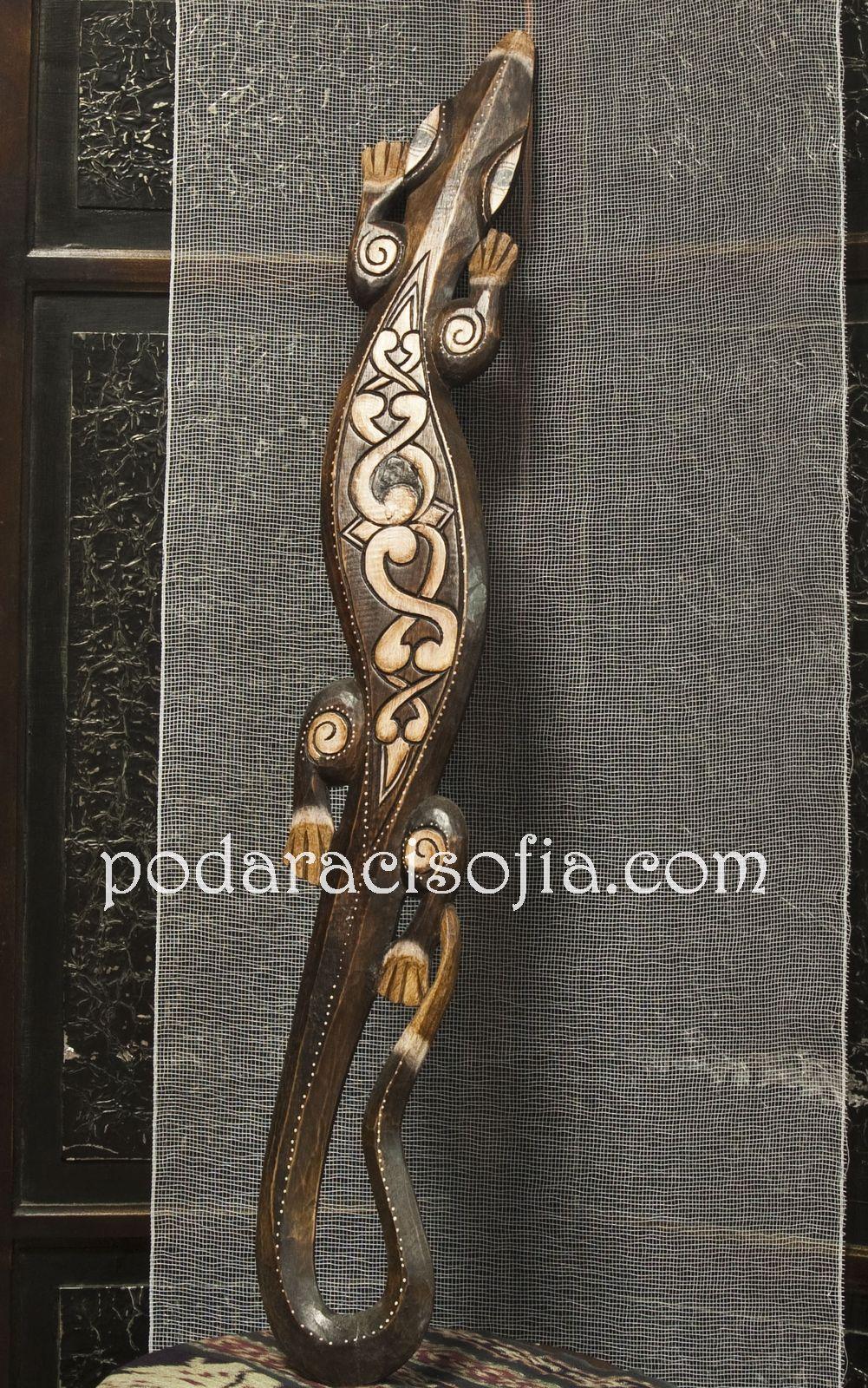 Екзотичен саламандър от дърво за закачване на стена