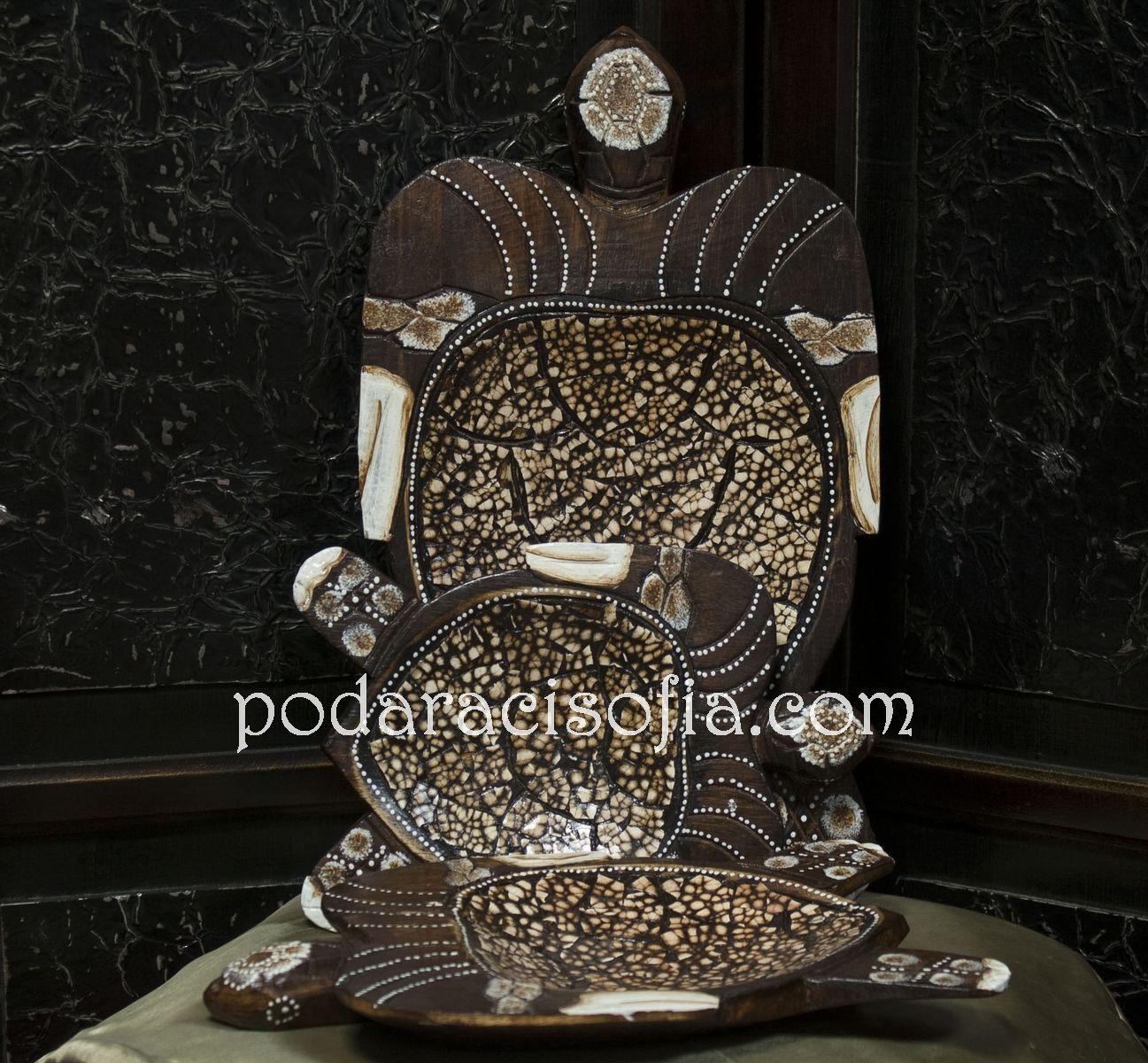 Дурвена фруктиера - костенурка с украса от керамика, подходяща за подарък за жена и екзотична декорация в дома.