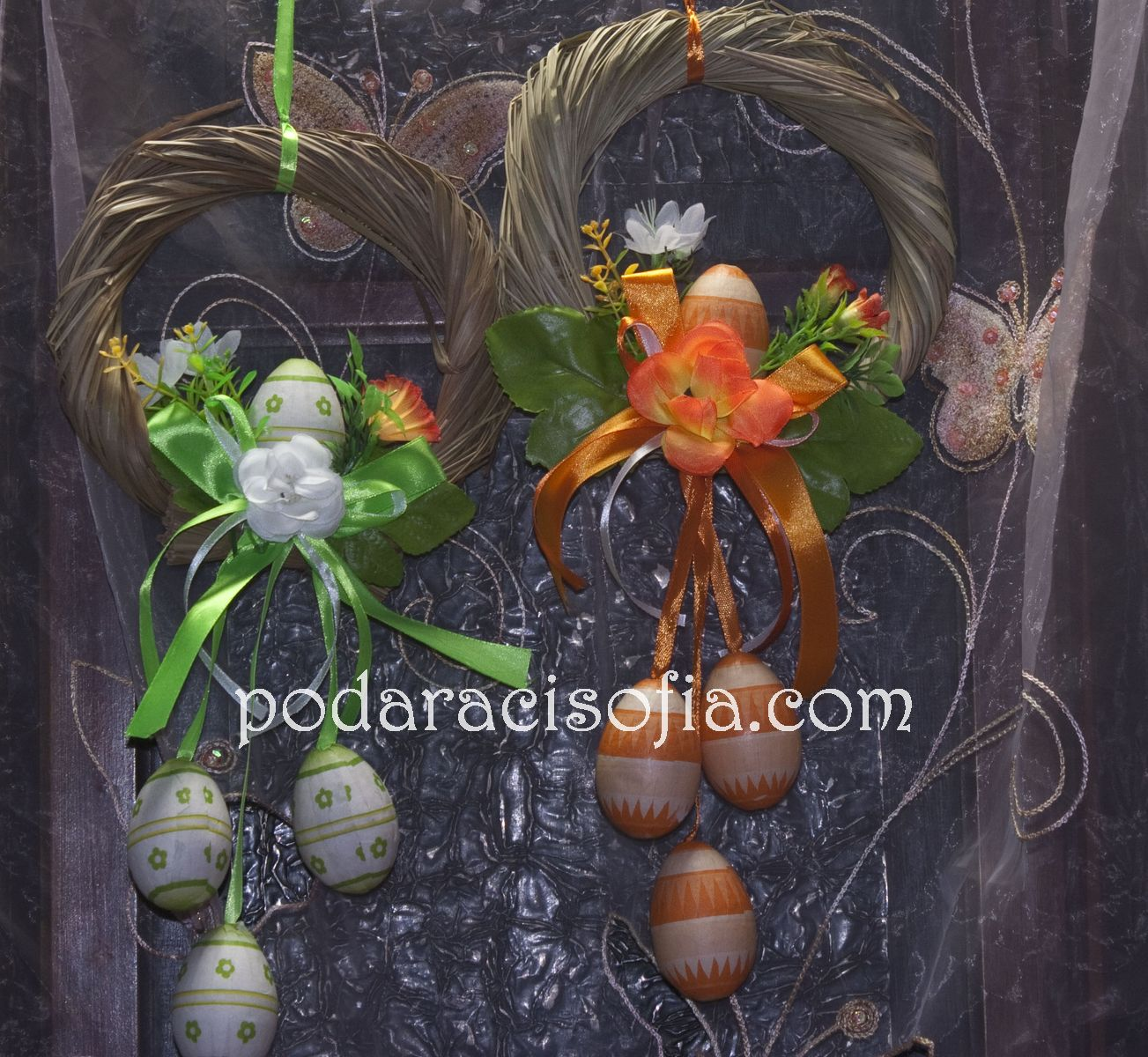 Венци за Великден с цветя и декоративни яйца
