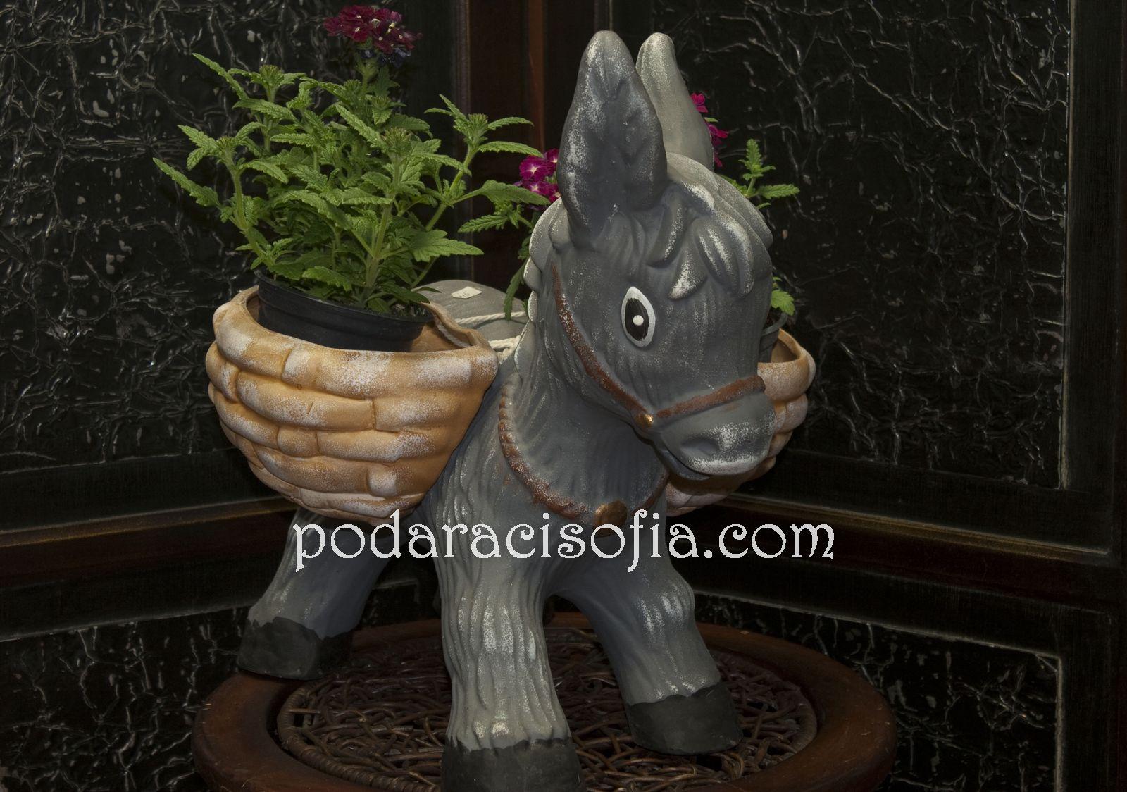 Керамично магаре-поставка за саксия от Gifts
