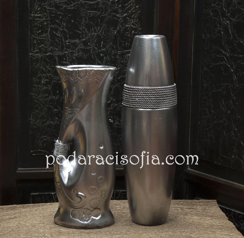 Вази в сребърно с модерно излъчване от Gifts