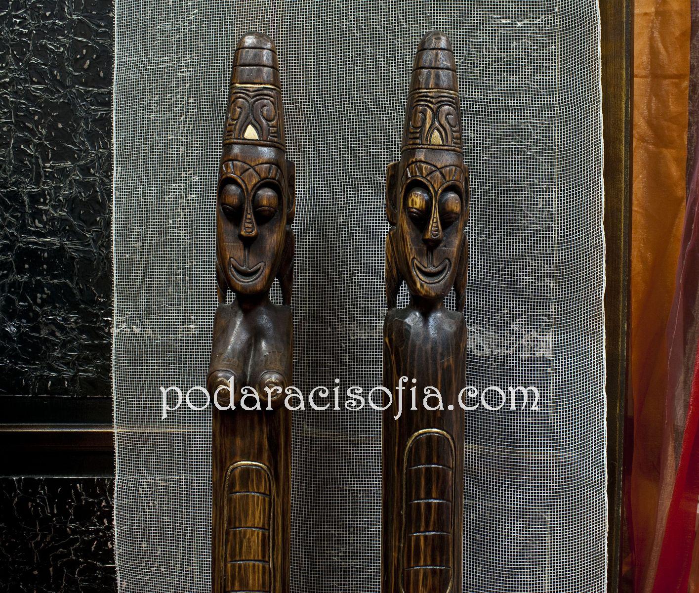 Екзотични дървени фигури на мъж и жена от Gifts