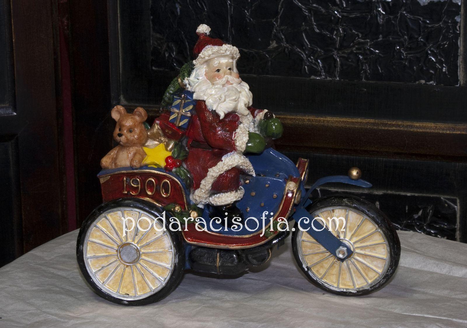 Дядо Коледа с мотор от Gifts - фигурка, изработена от керамика