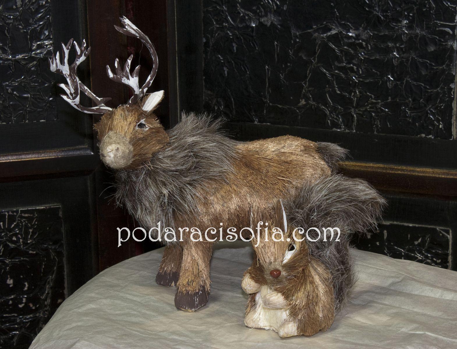 Коледен елен от ествествени материали