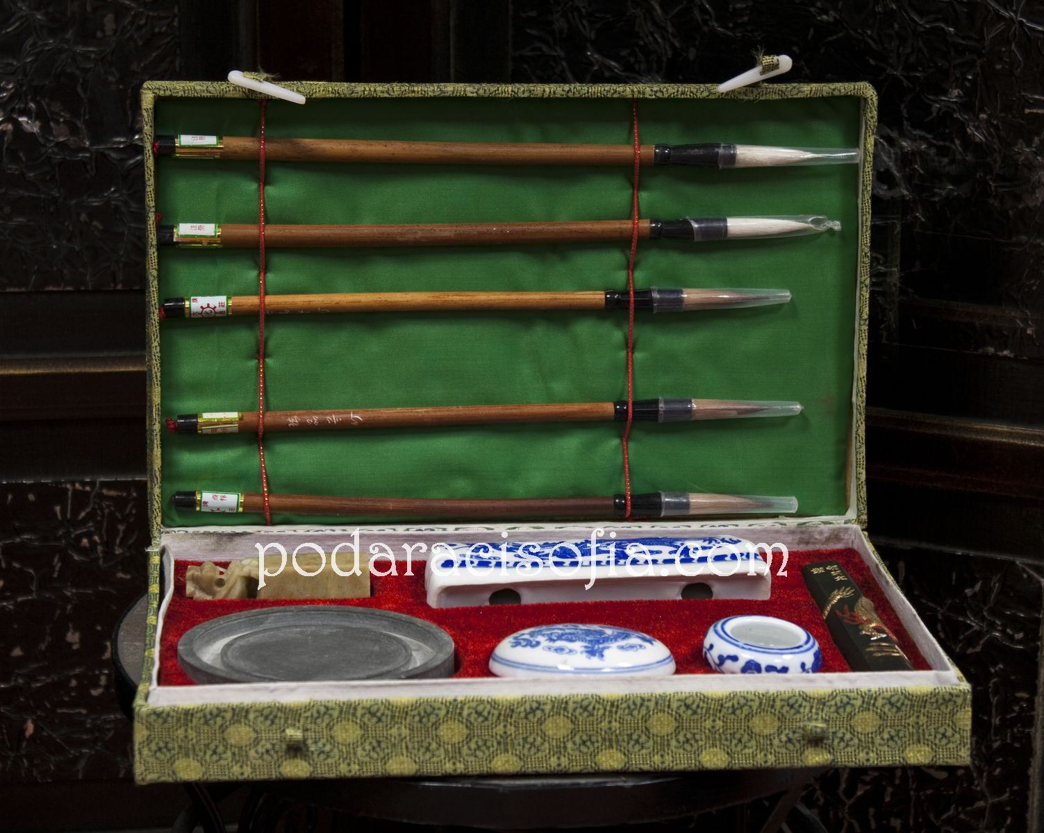 Комплект за калиграфия в кутия