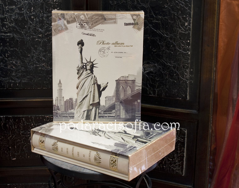 """Кутия със Статуята на свободата – за всички, за които Ню Йорк е """"тръпка""""."""